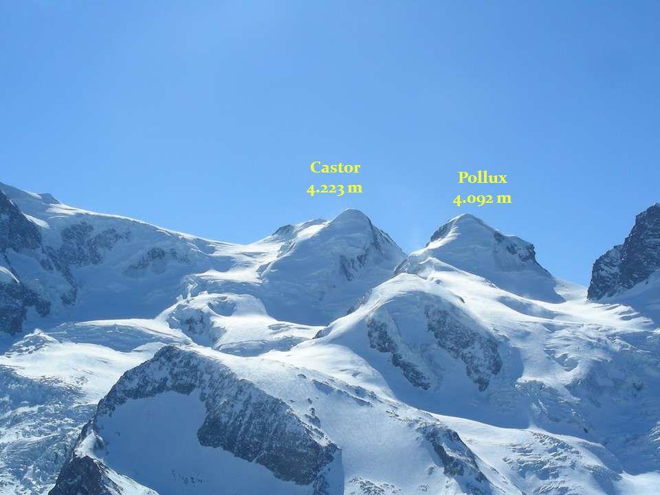 Castor 4.223 m Pollux 4.092 m