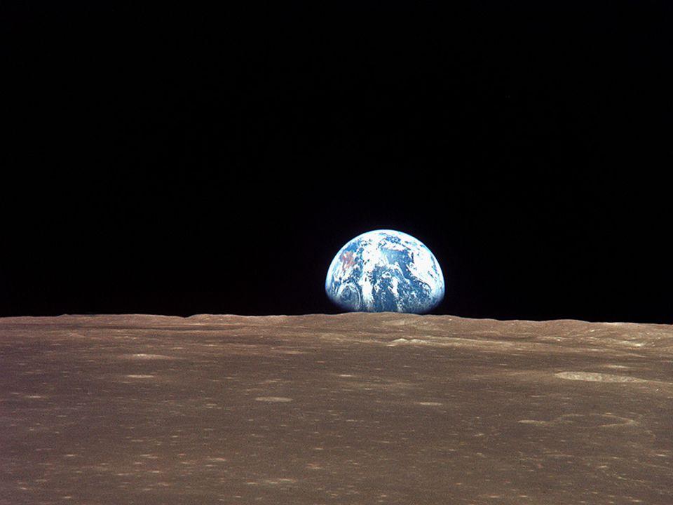 2 Vanaf de maan kijken we even terug naar de aarde.