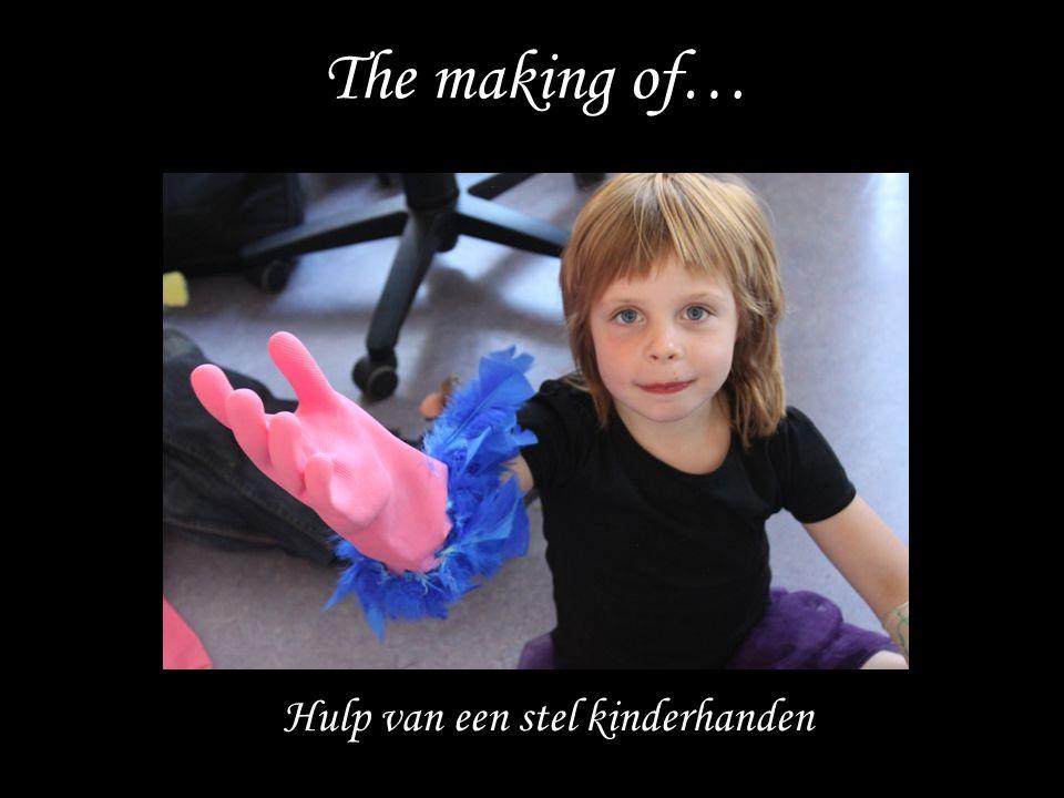 Hulp van een stel kinderhanden