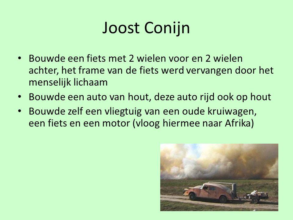 Joost Conijn Bouwde een fiets met 2 wielen voor en 2 wielen achter, het frame van de fiets werd vervangen door het menselijk lichaam.