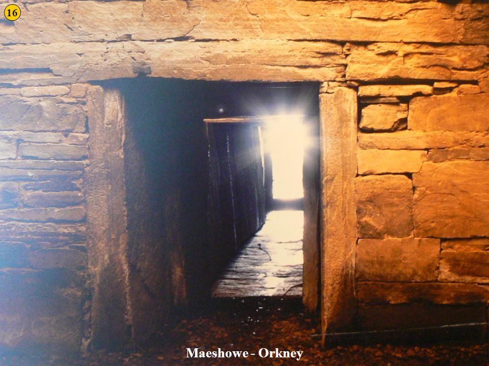16 Maeshowe - Orkney