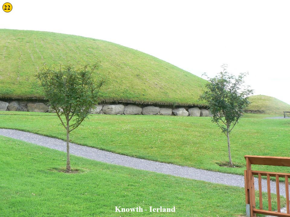 22 Knowth 1 Knowth - Ierland