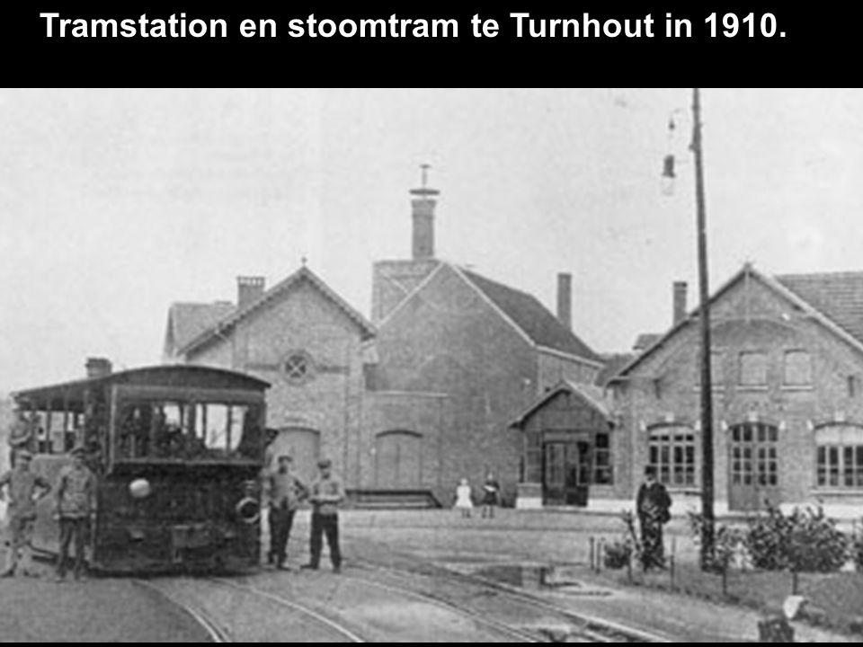 Tramstation en stoomtram te Turnhout in 1910.