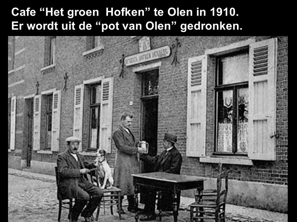 Cafe Het groen Hofken te Olen in 1910.