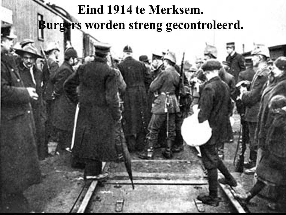 Burgers worden streng gecontroleerd.