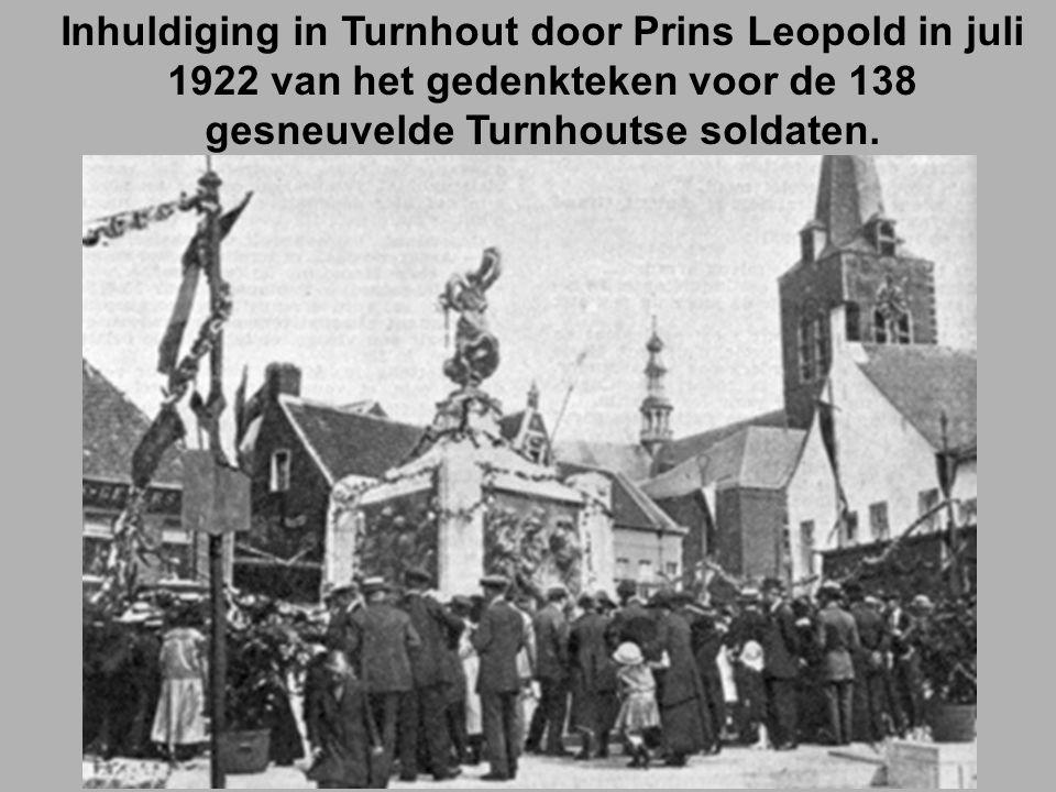 Inhuldiging in Turnhout door Prins Leopold in juli 1922 van het gedenkteken voor de 138 gesneuvelde Turnhoutse soldaten.