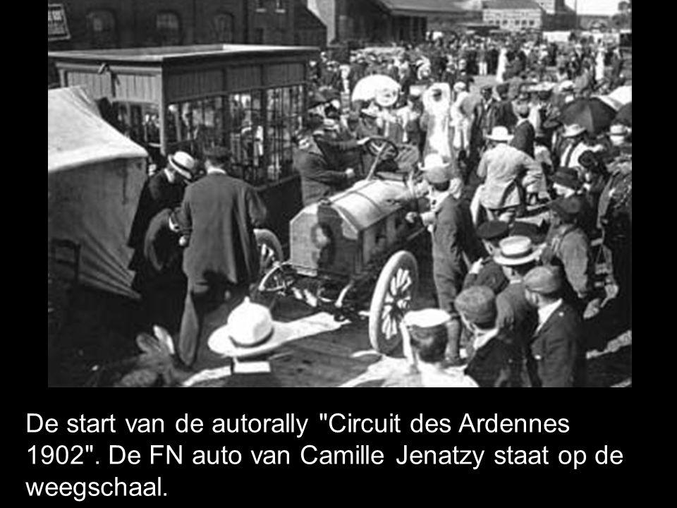 De start van de autorally Circuit des Ardennes 1902