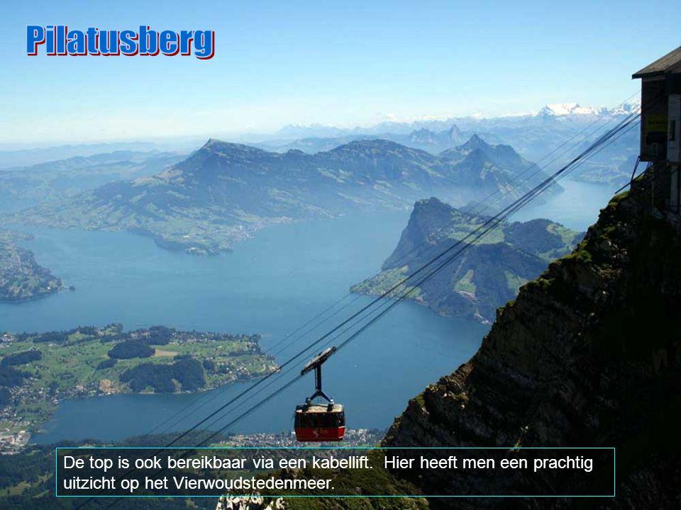 Pilatusberg De top is ook bereikbaar via een kabellift.