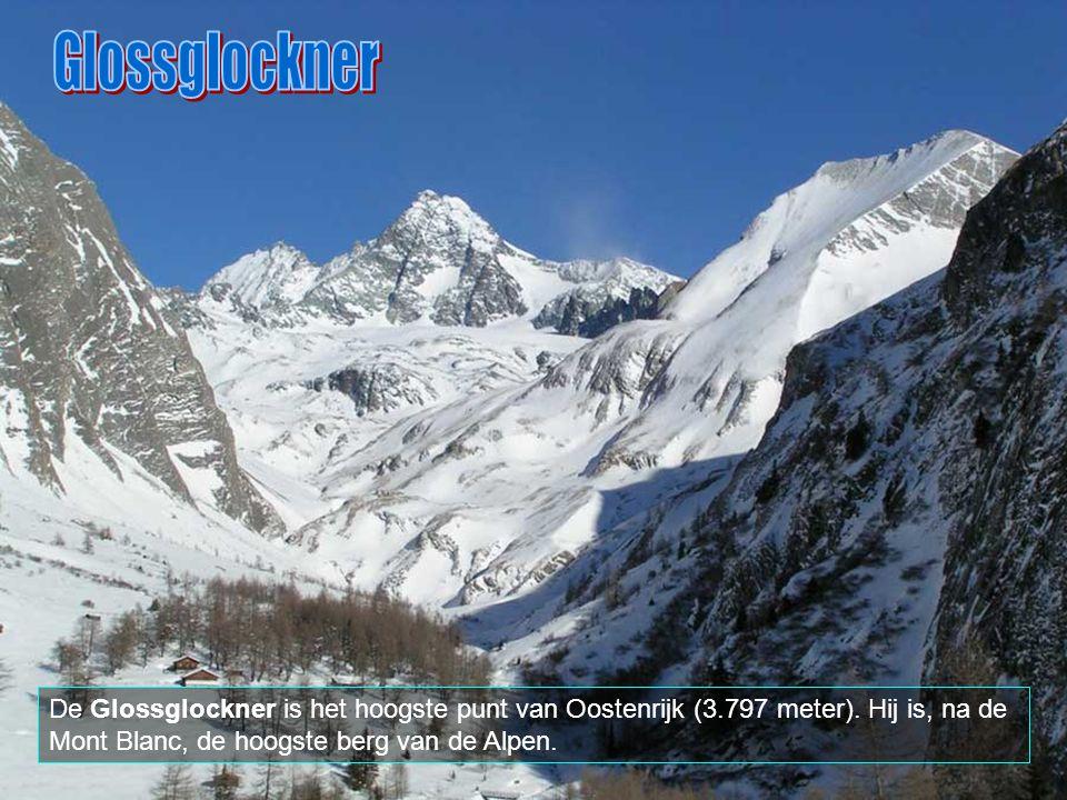 Glossglockner De Glossglockner is het hoogste punt van Oostenrijk (3.797 meter).