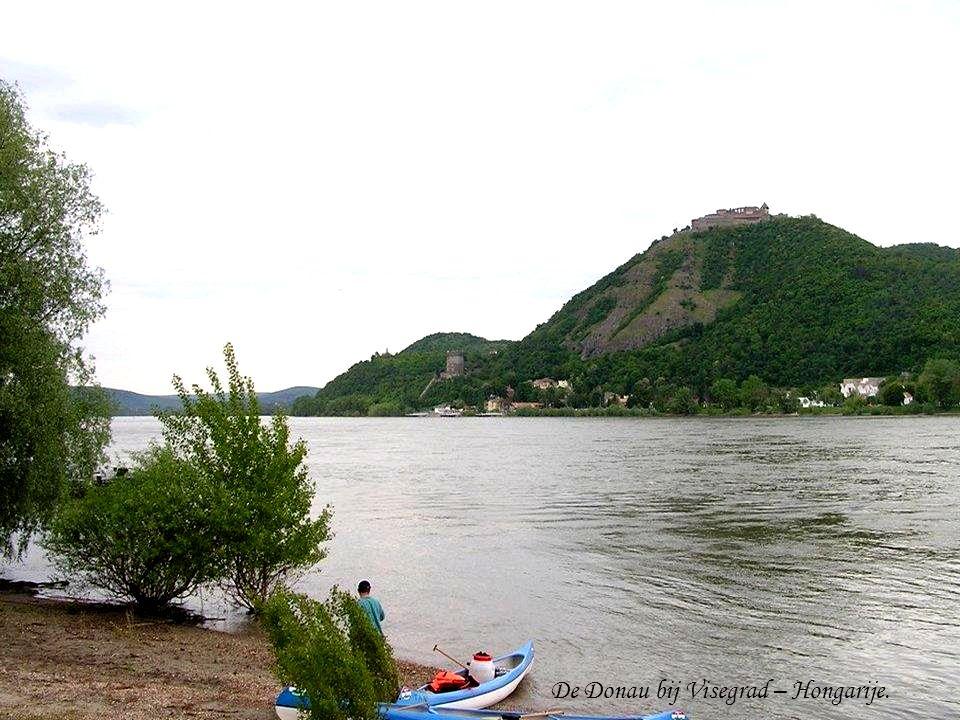 De Donau bij Visegrad – Hongarije.