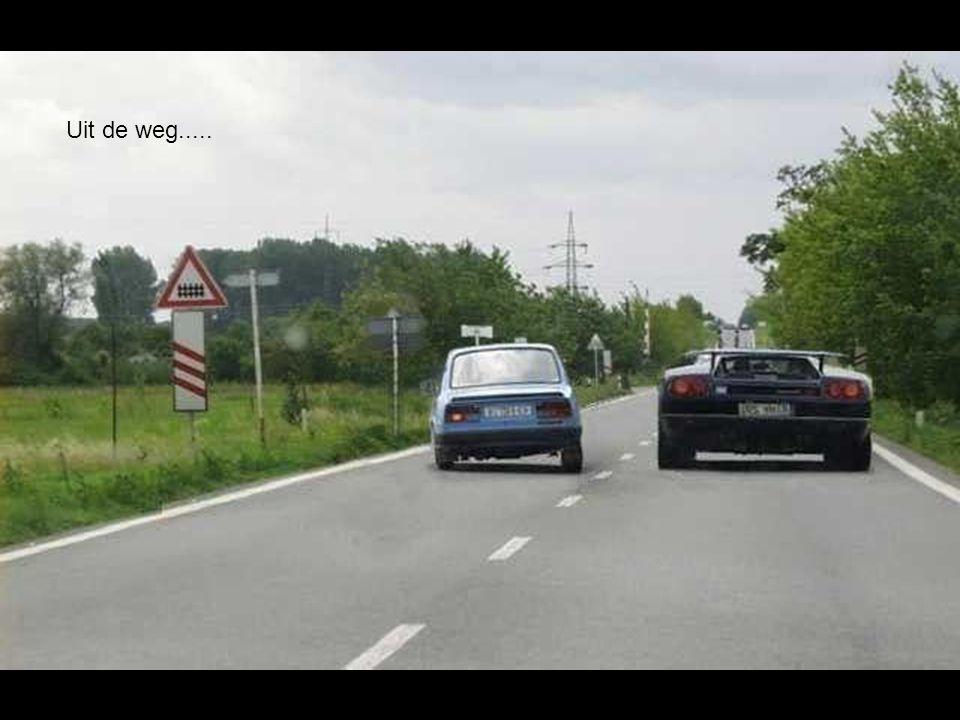 Uit de weg.....