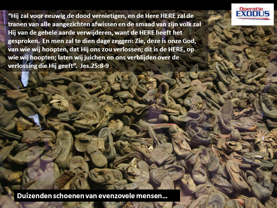 Duizenden schoenen van evenzovele mensen….