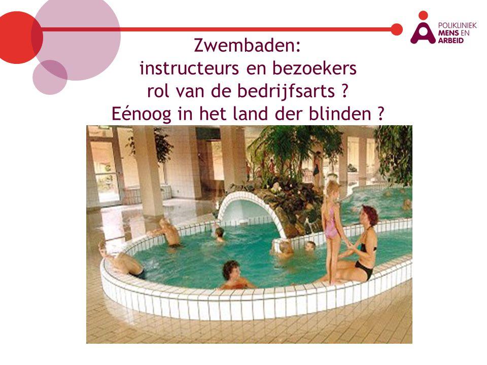 Zwembaden: instructeurs en bezoekers rol van de bedrijfsarts