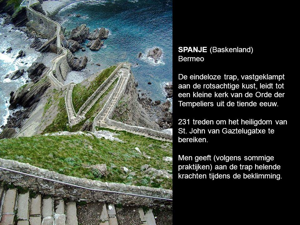 SPANJE (Baskenland) Bermeo.