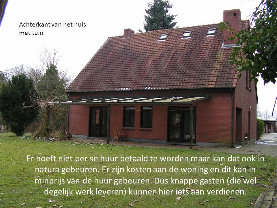 Achterkant van het huis met tuin