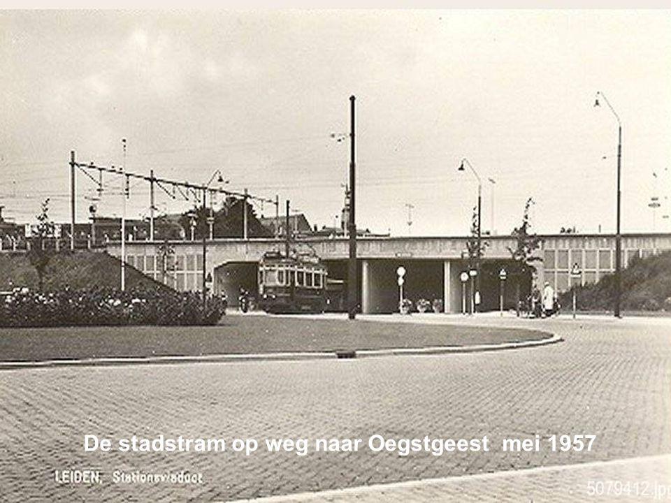 De stadstram op weg naar Oegstgeest mei 1957