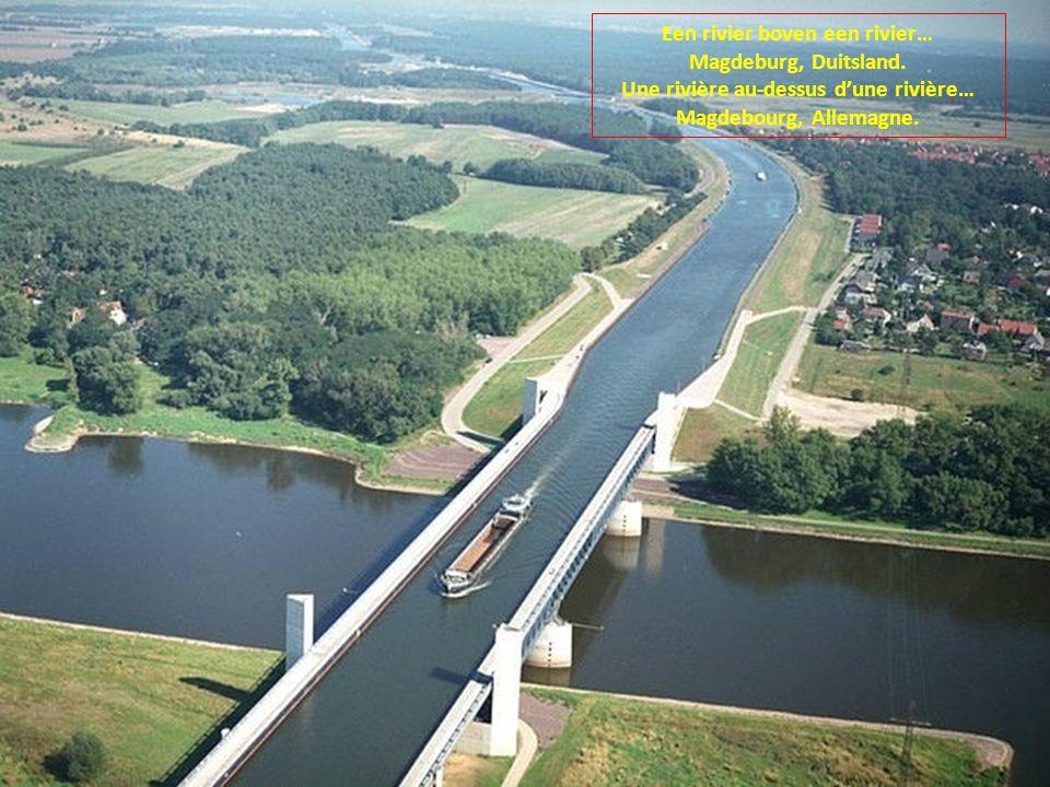 Een rivier boven een rivier… Magdeburg, Duitsland.