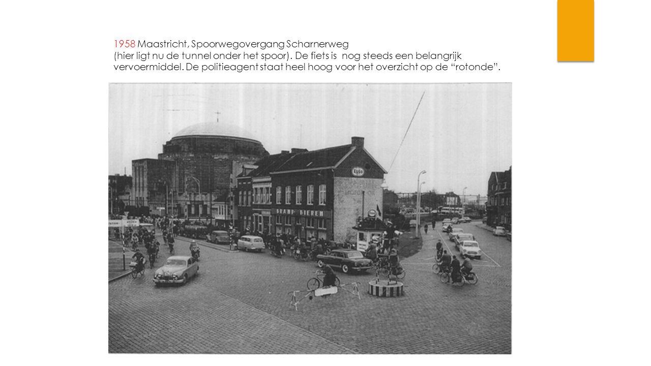 1958 Maastricht, Spoorwegovergang Scharnerweg (hier ligt nu de tunnel onder het spoor).