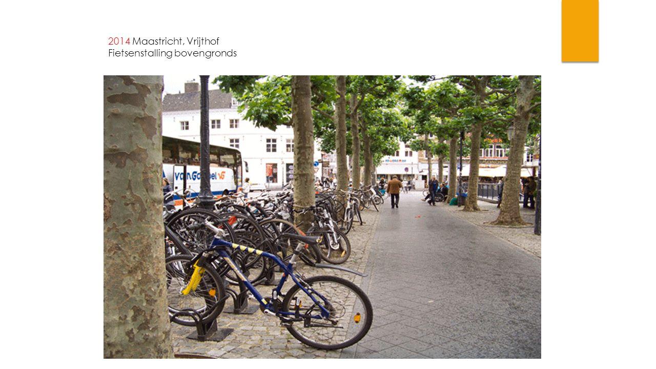 2014 Maastricht, Vrijthof Fietsenstalling bovengronds