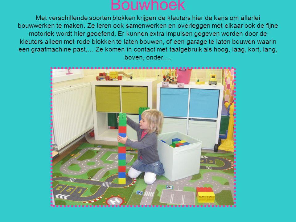 Bouwhoek Met verschillende soorten blokken krijgen de kleuters hier de kans om allerlei bouwwerken te maken.