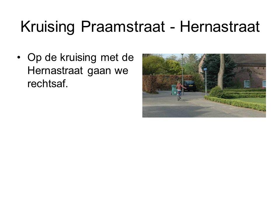 Kruising Praamstraat - Hernastraat