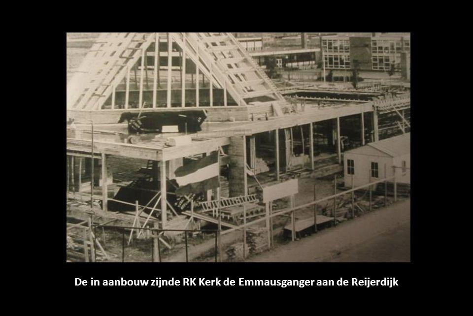 De in aanbouw zijnde RK Kerk de Emmausganger aan de Reijerdijk