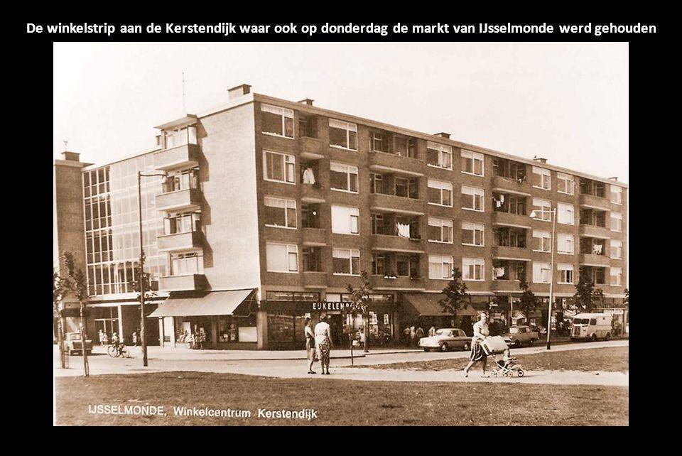 De winkelstrip aan de Kerstendijk waar ook op donderdag de markt van IJsselmonde werd gehouden