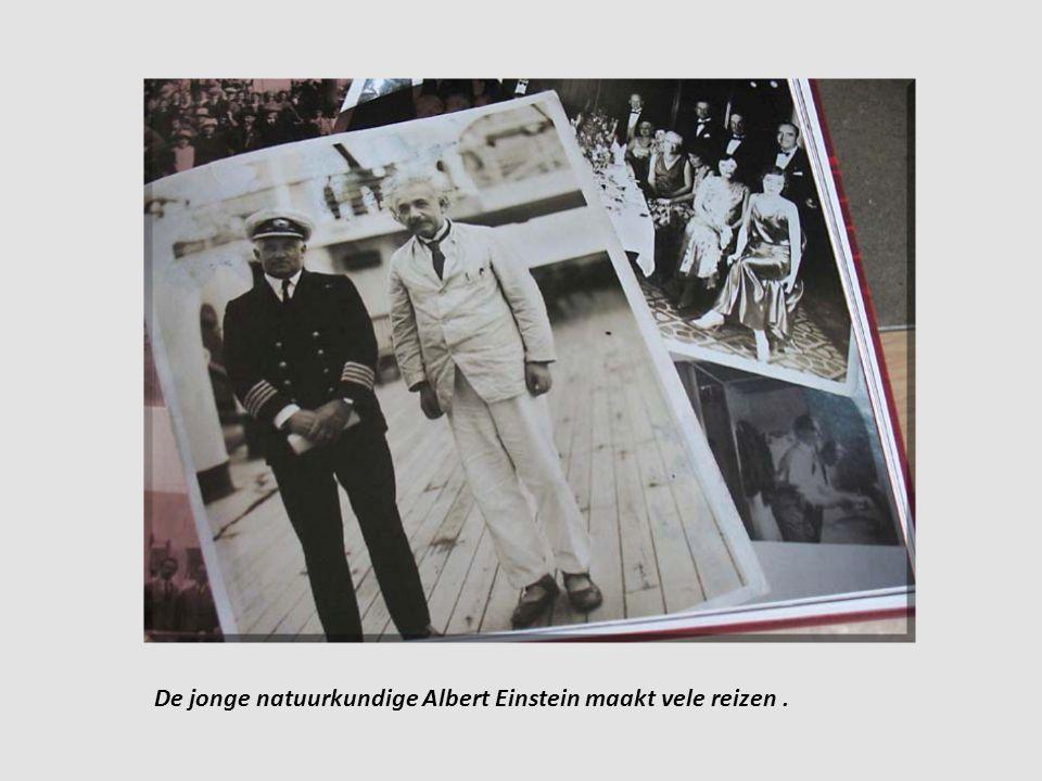 De jonge natuurkundige Albert Einstein maakt vele reizen .