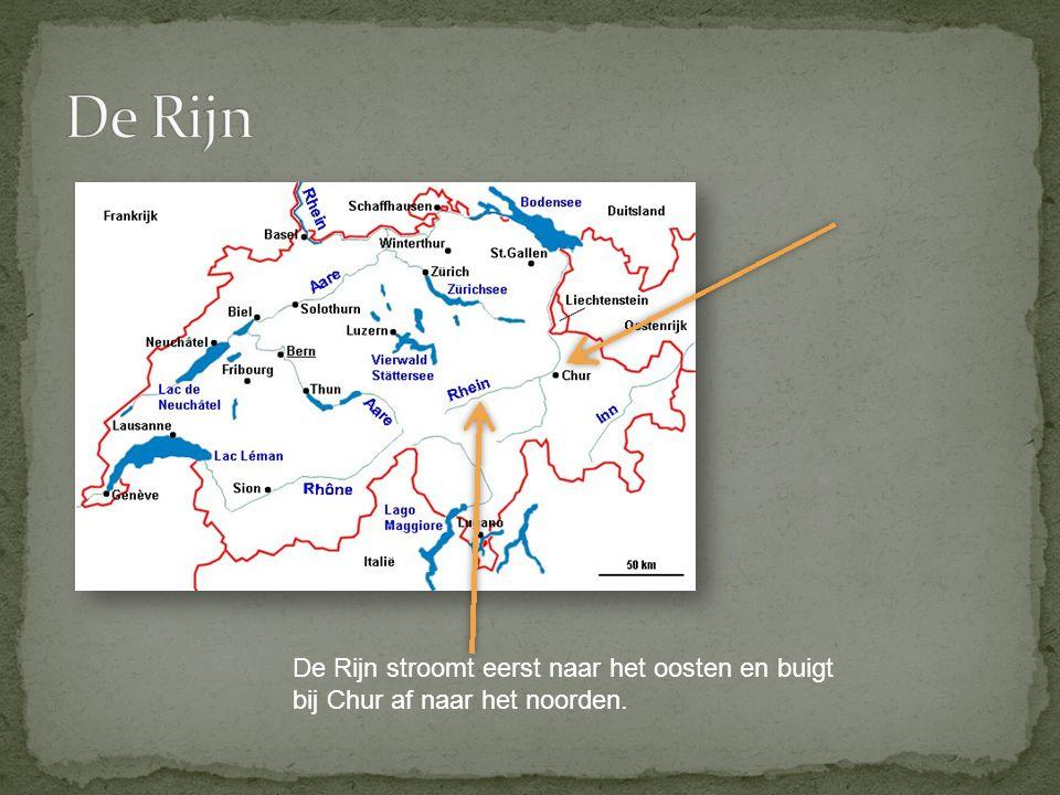 De Rijn De Rijn stroomt eerst naar het oosten en buigt bij Chur af naar het noorden.