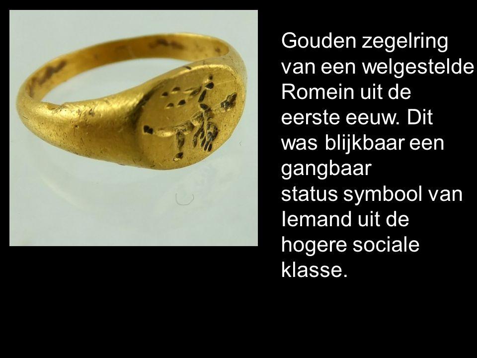 Gouden zegelring van een welgestelde. Romein uit de. eerste eeuw. Dit. was blijkbaar een. gangbaar.
