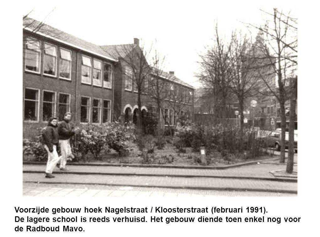 Voorzijde gebouw hoek Nagelstraat / Kloosterstraat (februari 1991)