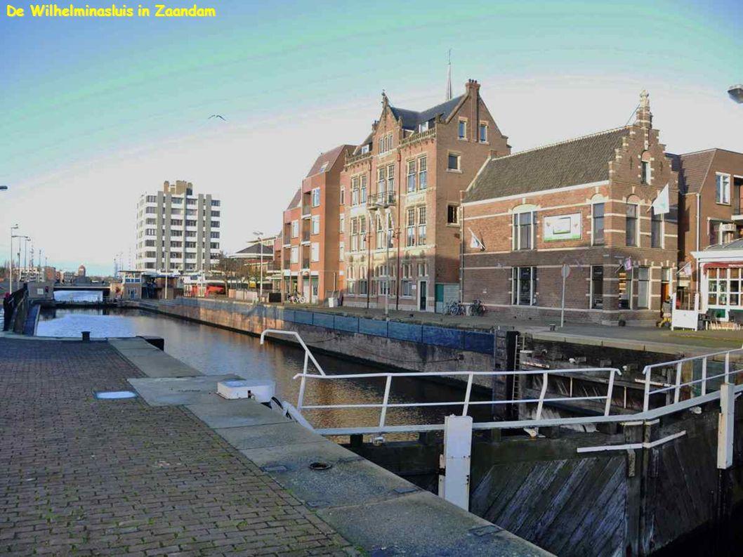 De Wilhelminasluis in Zaandam
