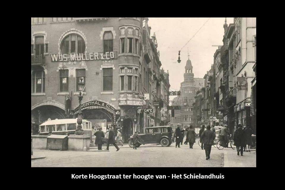 Korte Hoogstraat ter hoogte van - Het Schielandhuis