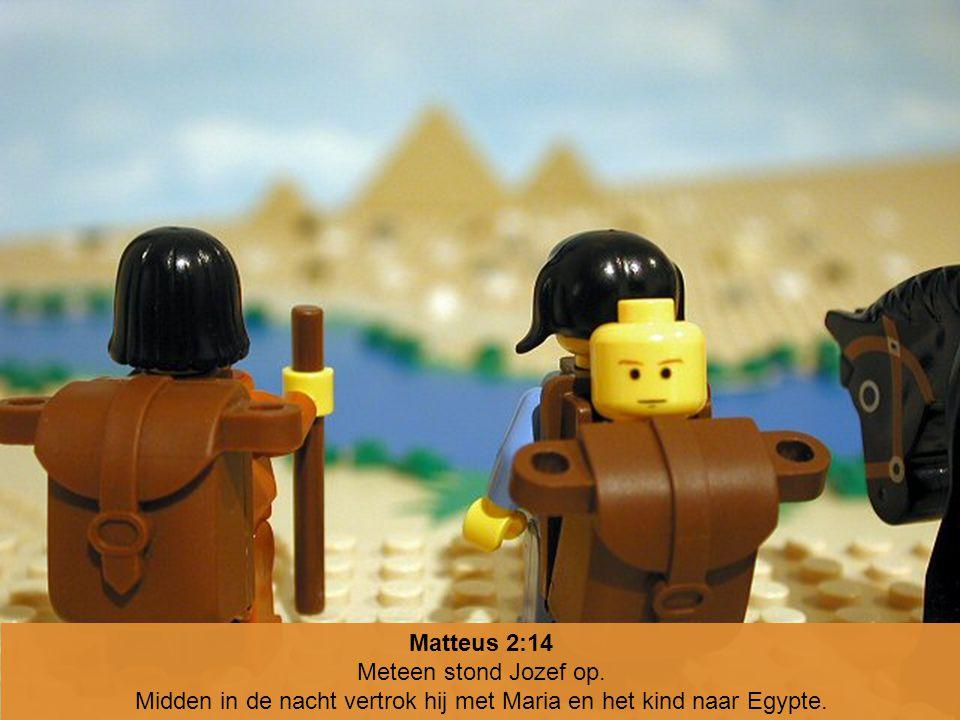 Midden in de nacht vertrok hij met Maria en het kind naar Egypte.