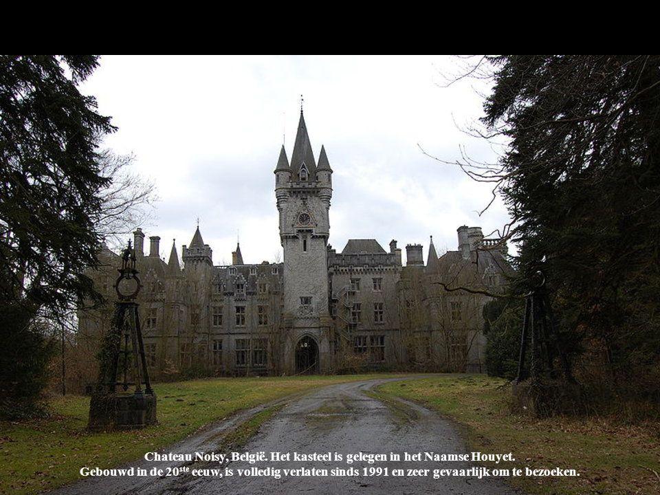Chateau Noisy, België. Het kasteel is gelegen in het Naamse Houyet.