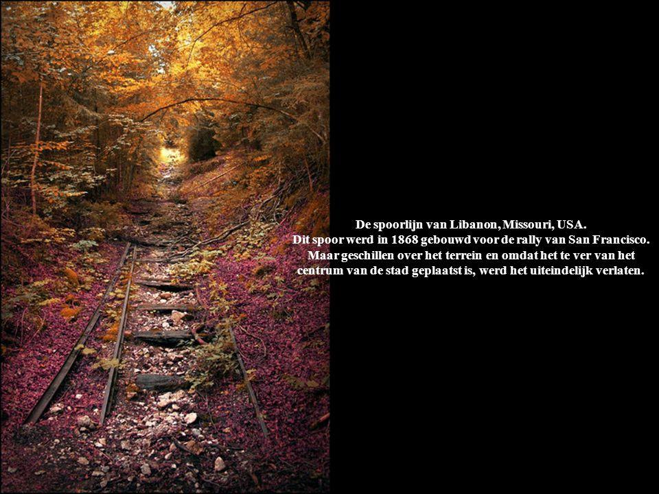 De spoorlijn van Libanon, Missouri, USA