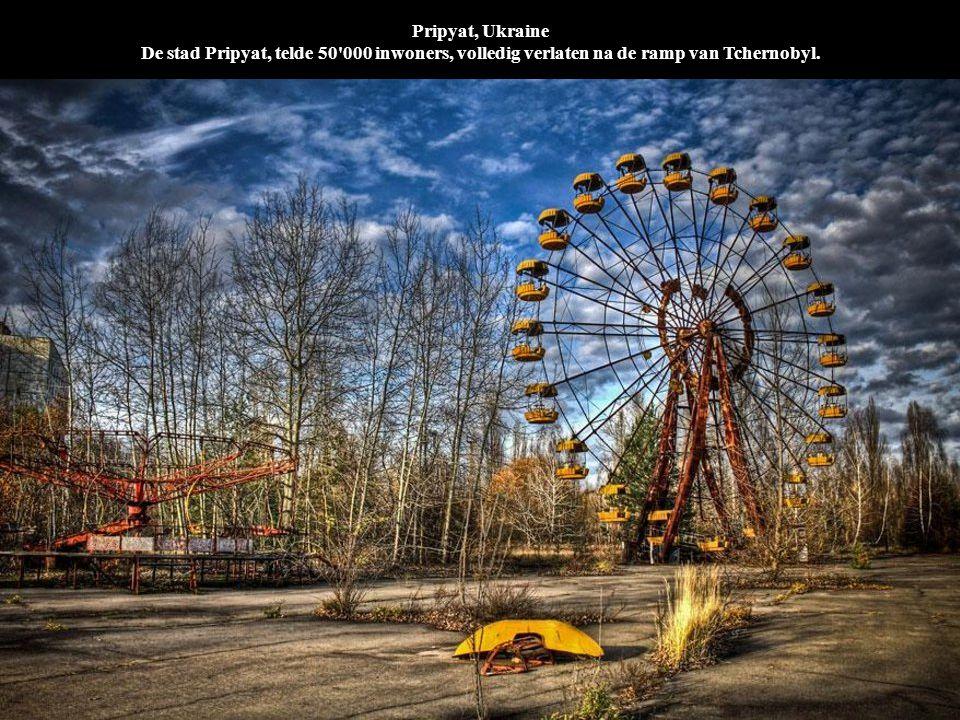 Pripyat, Ukraine De stad Pripyat, telde 50 000 inwoners, volledig verlaten na de ramp van Tchernobyl.