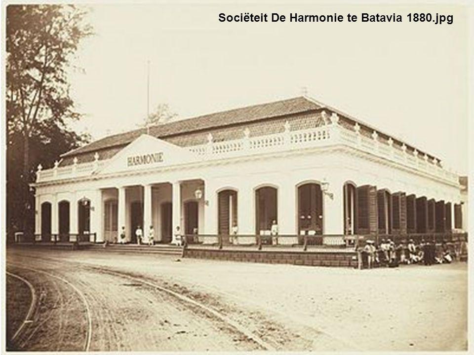 Sociëteit De Harmonie te Batavia 1880.jpg