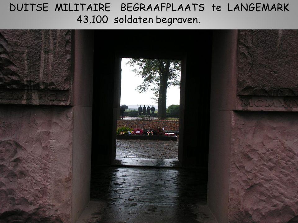 DUITSE MILITAIRE BEGRAAFPLAATS te LANGEMARK