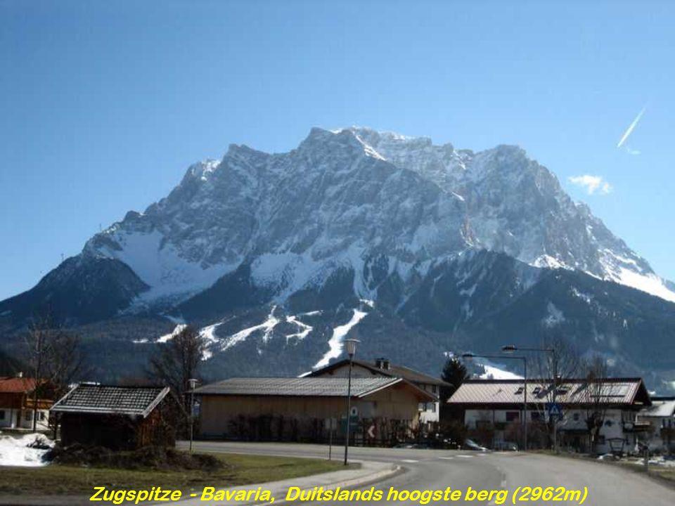 Zugspitze - Bavaria, Duitslands hoogste berg (2962m)