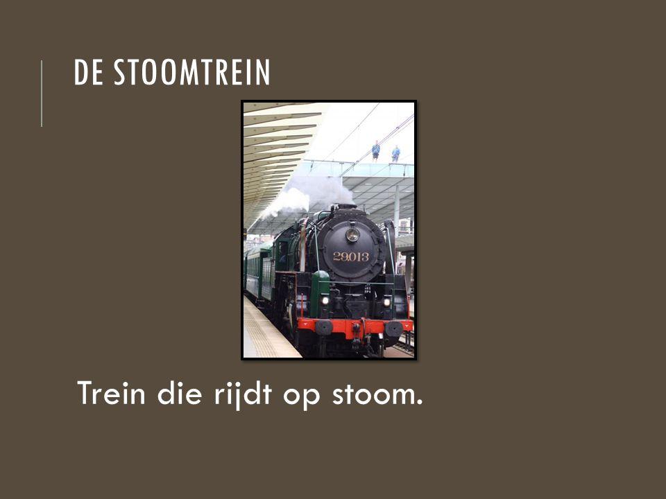 De stoomtrein Trein die rijdt op stoom.