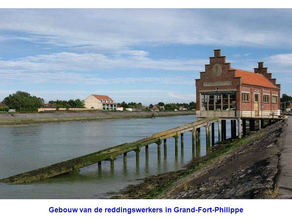 Gebouw van de reddingswerkers in Grand-Fort-Philippe