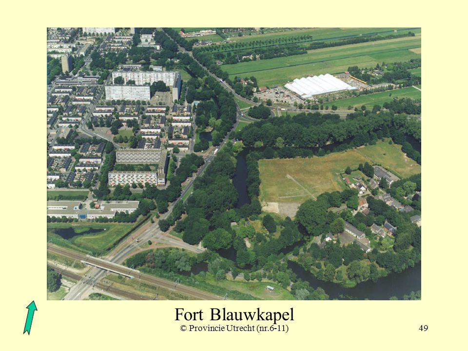 Fort Blauwkapel polder Ruigenhoek met schuilplaatsen Fort