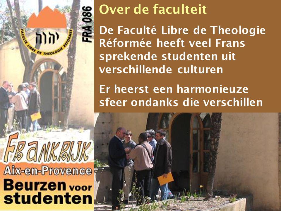 Over de faculteit De Faculté Libre de Theologie Réformée heeft veel Frans sprekende studenten uit verschillende culturen.