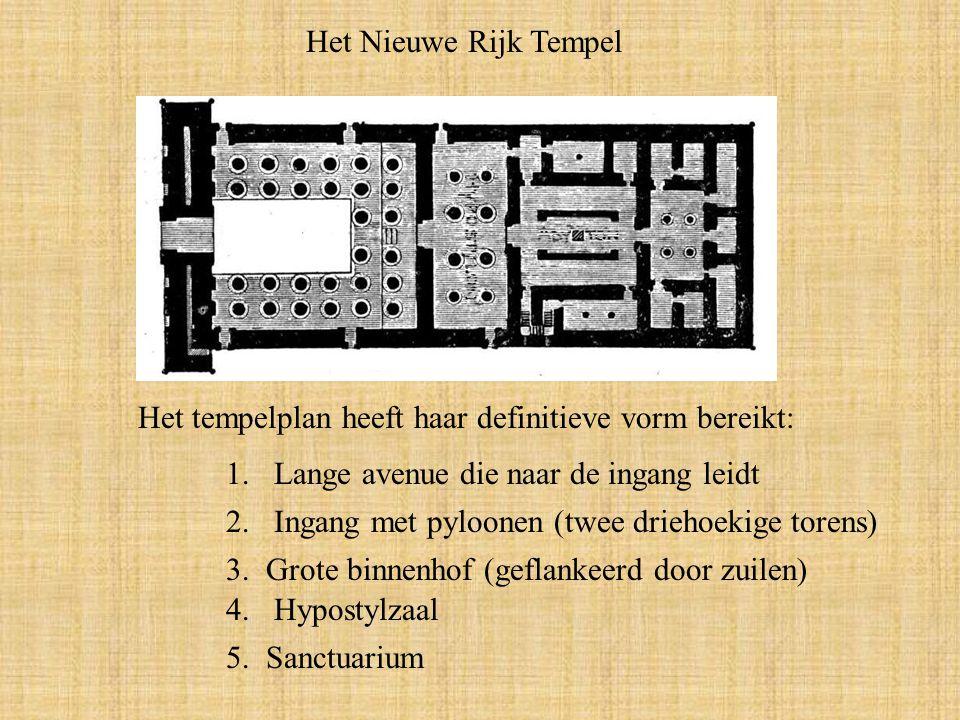 Het Nieuwe Rijk Tempel Het tempelplan heeft haar definitieve vorm bereikt: Lange avenue die naar de ingang leidt.