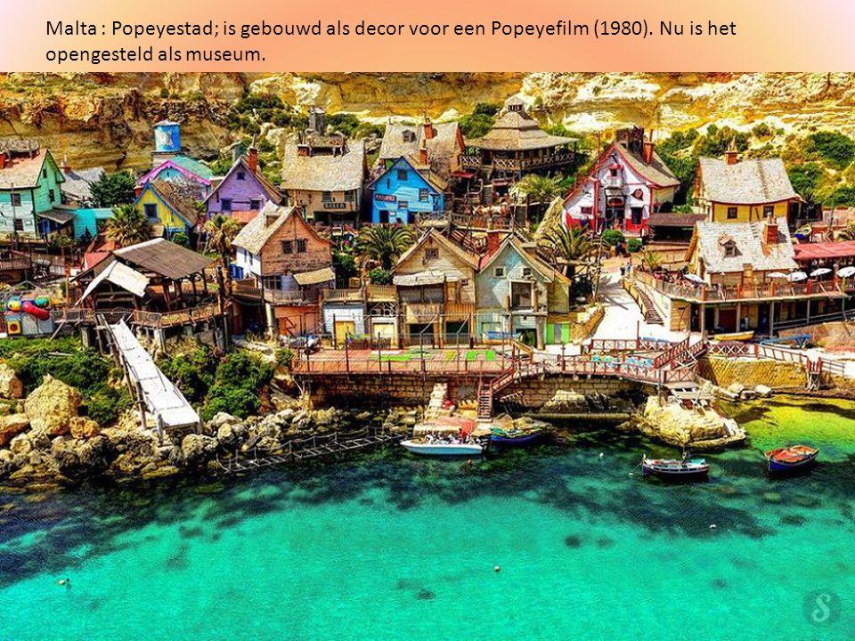 Malta : Popeyestad; is gebouwd als decor voor een Popeyefilm (1980)
