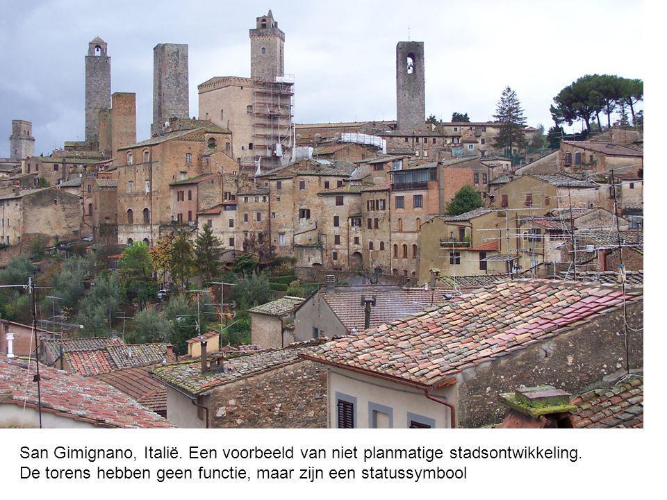 San Gimignano, Italië. Een voorbeeld van niet planmatige stadsontwikkeling.