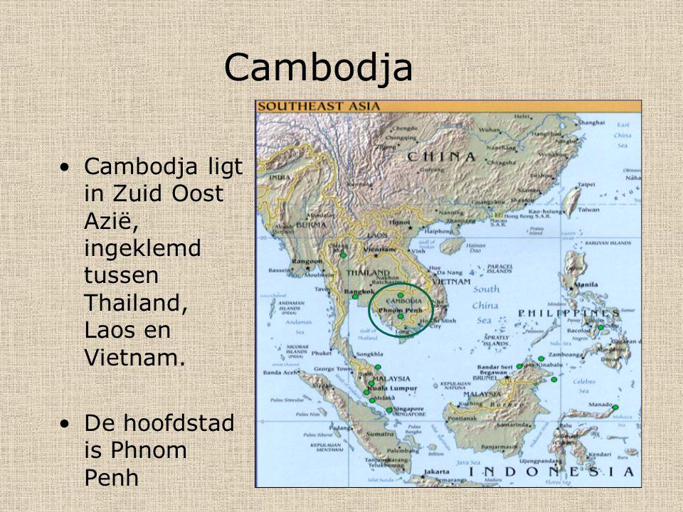 Cambodja Cambodja ligt in Zuid Oost Azië, ingeklemd tussen Thailand, Laos en Vietnam.