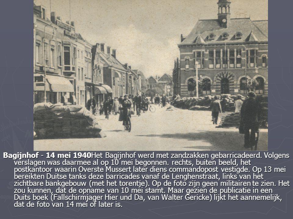 Bagijnhof - 14 mei 1940Het Bagijnhof werd met zandzakken gebarricadeerd.