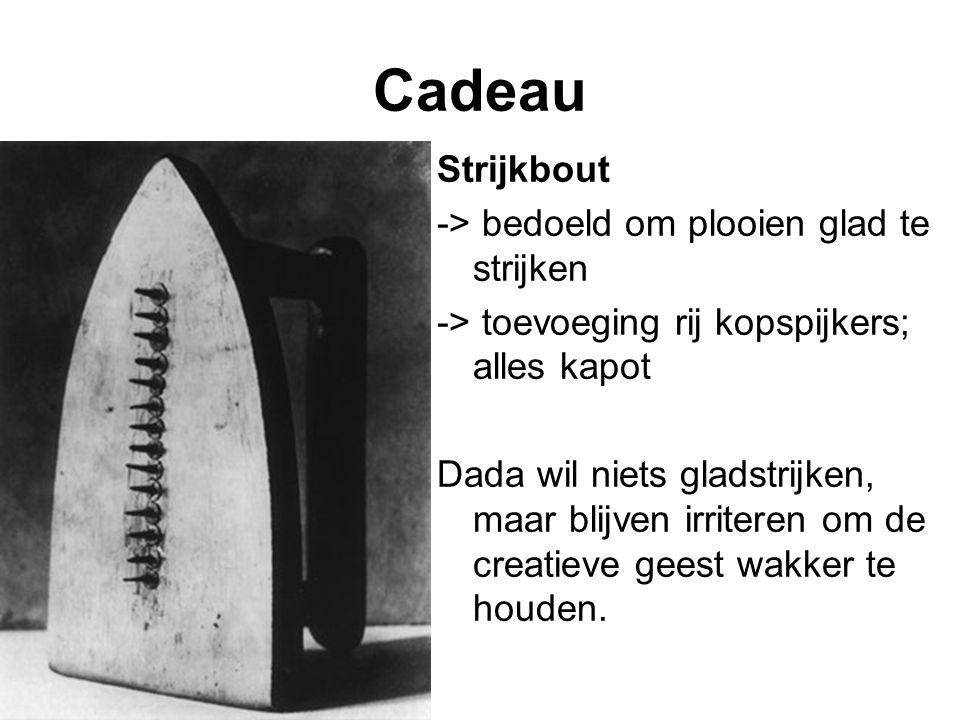 Cadeau Strijkbout -> bedoeld om plooien glad te strijken